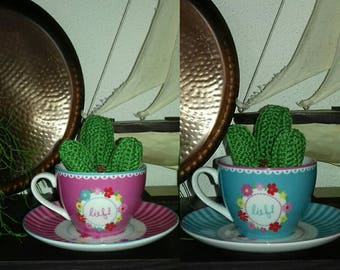Crochet Cactus in tea cup, crochet cactus, nepplantje in teacup, art plant