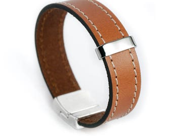 Cut 15mm camel leather bracelet
