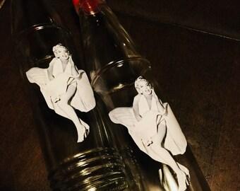 SALE!!!  Marilyn Monroe World Shaker Salt and Pepper Shakers, 10 bucks CHEAP!!