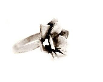 Silver flower ring - Rose flower ring - Sterling flower ring - Flower jewelry - Nature jewelry - Silver floral ring