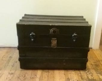 Old Wooden Trunk, Vintage Wood and Metal Chest, Vintage Steamer Trunk, Blanket Trunk, Trunk With Wheels, Antique Trunk