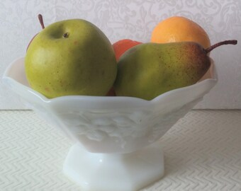 Vintage Milk Glass Fruit Bowl, Vintage Grape Design Milk Glass Compote, Vintage Fruit Bowl, Vintage Pedestal Milk Glass Compote,