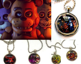 Five Nights at Freddys - Freddy Fazbear - Bonnie - Chika - Foxy - Video Game -  Cabochon Pednant Necklace