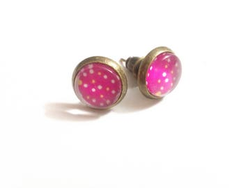 Earrings cabochon, chips, pink polka dots