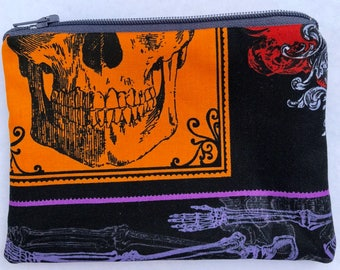 Skulls Zipper Pouch: Skeleton, Halloween.