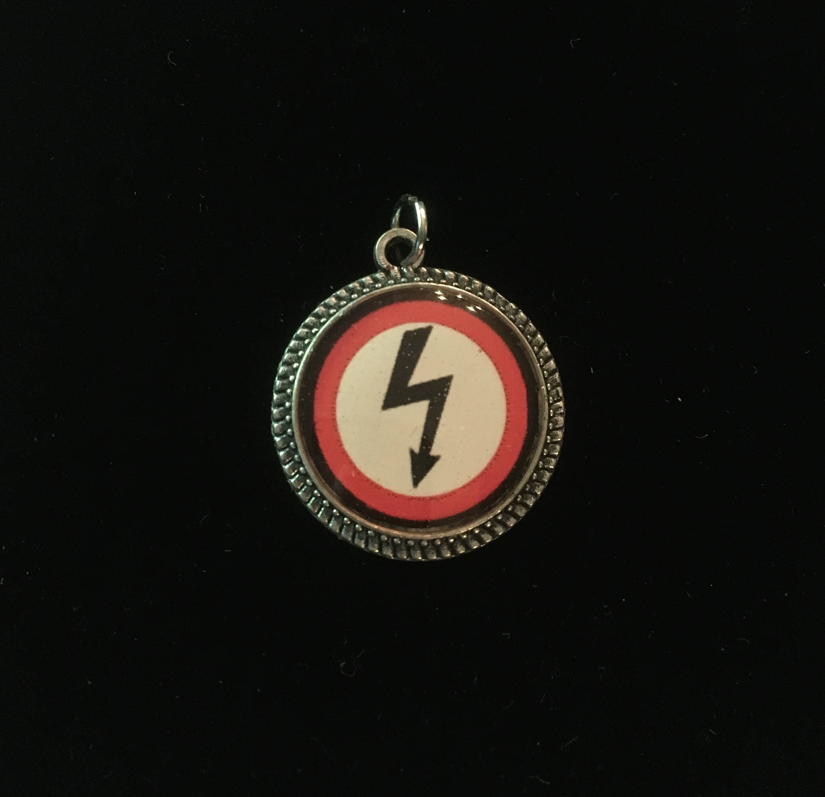 Marilyn manson antichrist superstar shock logo resin pendant description marilyn manson buycottarizona Images