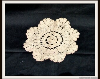 Small Doily, Vintage Off White Beige Doily, Handcrafted Beige Doily, Cotton Thread, Christmas Gift