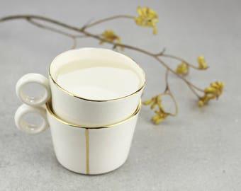 Tasse de café en céramique fait à la main. Tasse à thé en porcelaine. Mug romantique minimaliste. Simple tasse de café. Mariage blanc & or Mug Design par CONCEPTstudio