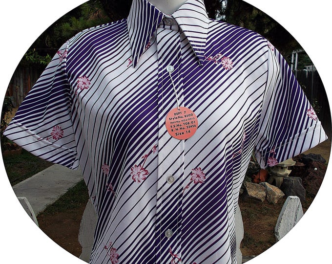 Deadstock Vintage 70s Mod Sears Purple White Diagonal Striped Polyester Floral Womens Short Sleeve Blouse Shirt Top