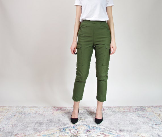 Vtg Swedish Army female high waisted field pants with cargo pockets c40