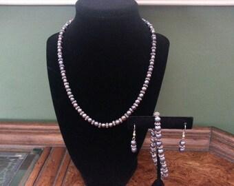 Vintage Black Freshwater Pearl Necklace, Bracelet and Earrings Set