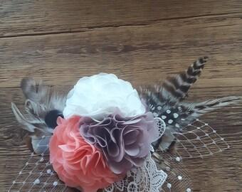 Fascinator Wedding bridal Headpiece vintage peach taupe Haarschmuck Hochzeit Braut Spitze Kopfschmuck white retro romantisch nude Federn