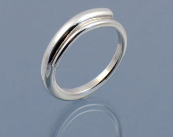 Loading ring handmade in 925 sterling silver