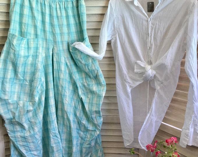 Medium size cotton plaid lagenlook pants