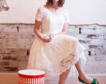 Lace Wedding Dress With Sleeves - Peggy Sue