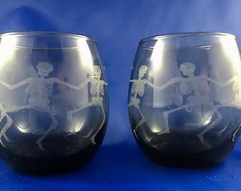 Dancing Skeleton Stemless Wine Glass (Set of 2)