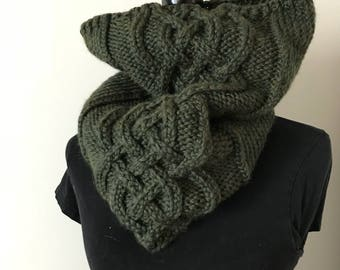 Celtic Knot Cowl in Moss, Cable Scarf, Winter accessories, knot scarf