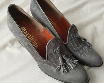 60s Gray Suede & Leather Martinique Loafer Heels size 8.5 AA Narrow Pinstripe