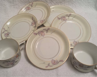 TK Thun Bohemia Czechoslovakia' Fine China cups and saucers 1920's-1930's