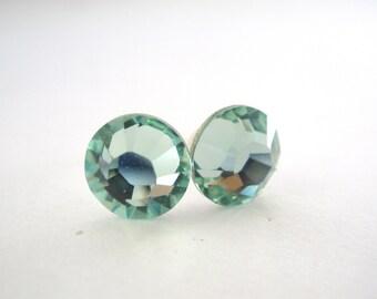 Swarovski Crystal Stud Earrings, Crystal Earrings, Light Green Earrings, Soft Green, Chrysolite, Bridesmaid Gifts, Bridesmaid Earrings