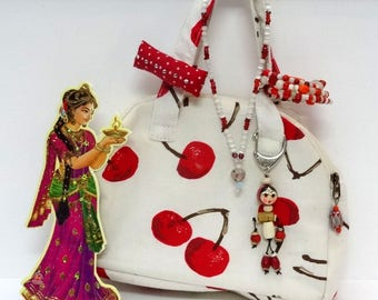 Mini size for most mini handbag