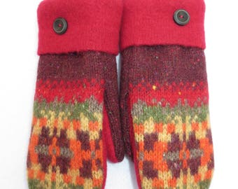 Felted Wool Sweater Mittens // Recycled Wool Sweaters // Fleece Lined // Maroon and Red with Snowflakes