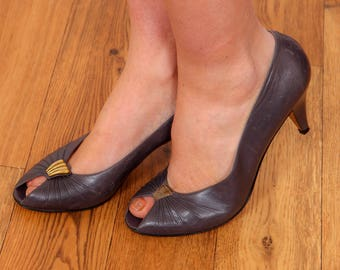 1940s style vintage grey & gold peep to heels by Ensins Made in Italy TAMIE
