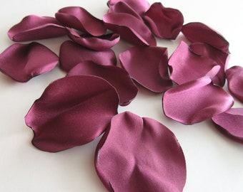 Maroon Flower Petals, Burgundy Wedding, Wine Rose Petals, Wedding Flowers, Rustic Wedding Reception Decor, Flower Girl Petals