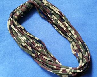 Camouflage Recycled T-shirt Infinity Scarf Necklace, Camo Scarf - upcycled tshirt scarf tarn tshirt yarn