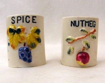 Vintage 1950s Spice Container ~ Ceramic ~Spice ~ Nutmeg ~ Fruit Handles
