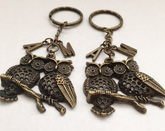 SALE * Personalized 2 Owls Best Friends Key Chain Initial Charm Antique bronze jewelry Girlfriend gift Birthday gift Free gift box