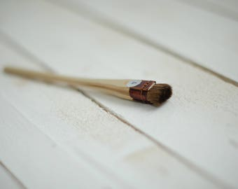No. 4 - 12 mm. Professional Japanese brush for making silk flowers and batik.