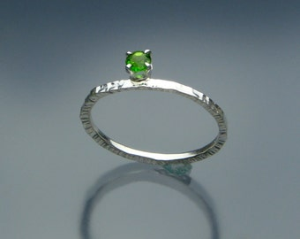 Emerald Green Solitaire Ring - Chrome Diopside Sterling Silver Ring - Textured Band with Solitaire Gemstone - Made in the USA -FREE Shipping