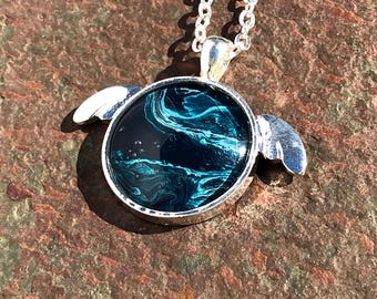 Sea Turtle Pendant with an original acrylic paint inlay 1 inch Round–  Silver Turtle/Chain