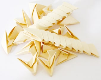 250pcs Ivory 3D Origami Paper Triangles