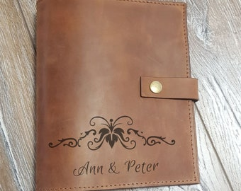 Wedding journal, wedding planner, A5, wedding planner book, leather notebook case with pockets, wedding gift, bridesmaid gift, customized