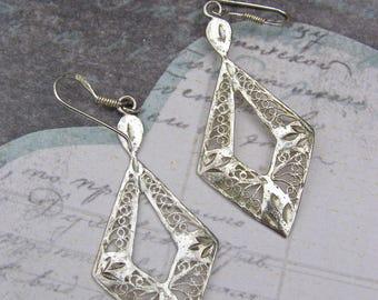 Sterling Silver Filigree Earrings. Vintage Artisan Earrings, Vintage Ethnic Earrings, Vintaeg Dangle Earrings