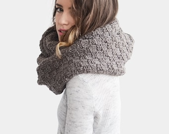 Knit Infinity Scarf, Oversized Scarf, Brown Loop Scarf, Extra Chunky Cowl, Hand Knit Long Snood, Womens Winter Cowl