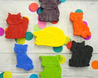 Cat Crayons - Cat Gifts - Cat Lover - Grumpy Kitty - Handmade Crayons - Little Artist - Party Favor - Gifts for Children - Rainbow Crayons