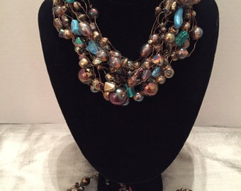 Beaded Necklace, Bracelet and Clip on Earrings