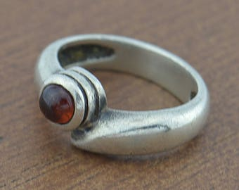 Sterling Silver 925 Estate E. Varshay Garnet Ring Size 6.75