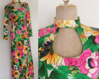 1970's Green & Pink Floral Print Maxi Dress w/ Cutout Neckline Size Small by Maeberry Vintagecotton