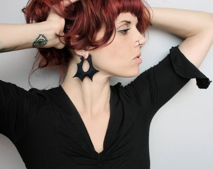 """Razor"" Gauge Earrings in Black"
