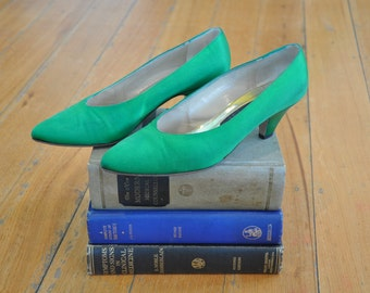 Emerald Vintage 60's Rayne Court Shoes