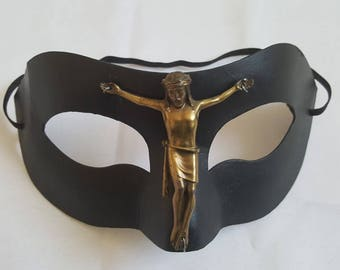 David Bowie inspired mask with Jesus-figure! Eyecatcher on every party!