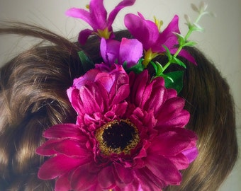 Floral hair comb