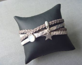 Brown/lightbrown/silvercolored wrap bracelet of leather and Swarovski and an star