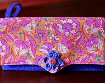 Evening clutch 100% cotton with vibrant floral designs