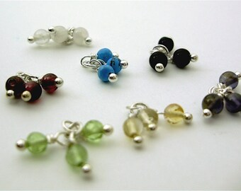 Colorful round stone bead cluster