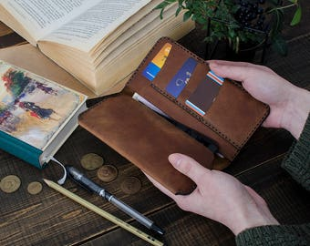 Vintage leather case,flip-open design, iPhone leather holder, wallet for everyday. High quality